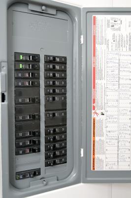 Hook up circuit breaker