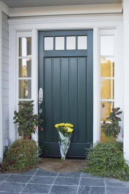 Paint colors that go with red brick ehow - Exterior door paint colors ...