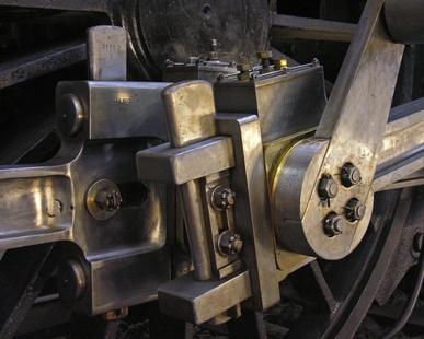 How to Install a Ford 302 Rear Main Seal   It Still Runs