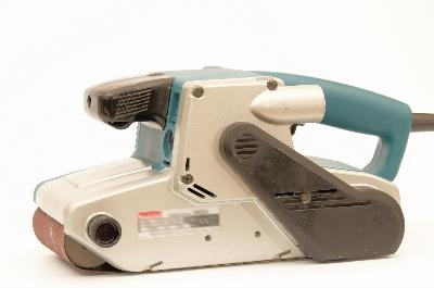 How to sand floors with a hand held sander ehow for Can you sand a floor with a hand sander