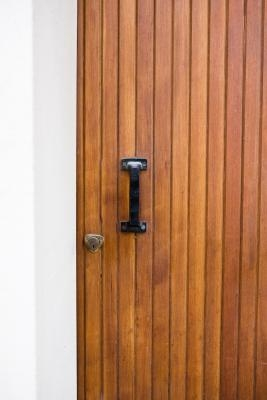 How To Make Old Paneling Look Good Ehow