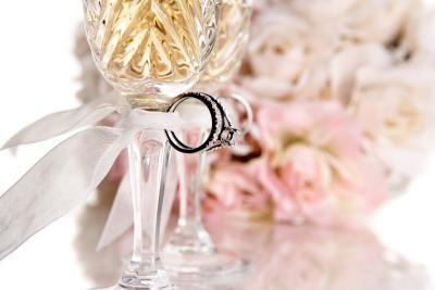 Wedding Gift Ideas Second Time Around : Unique Wedding Ideas for a Second Marriage eHow