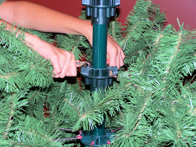 Prelit Christmas Tree Light Troubleshooting (with Pictures ...