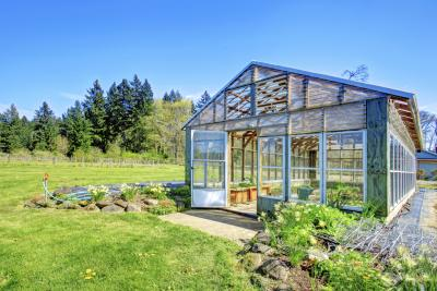 How to Build a Hot House for Plants   eHow
