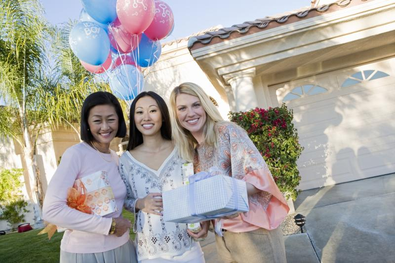 Etiquette for a monetary gift for a baby shower our for Baby shower etiquette for mom to be