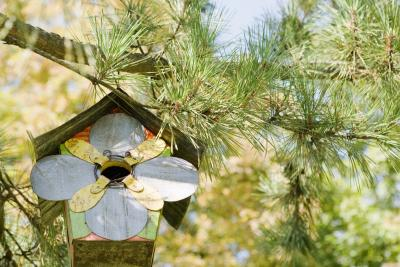How To Build A Birdhouse Roof With Pieces That Overlap Ehow