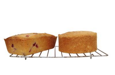 Cooking Cake Glass Pan Vs Metal