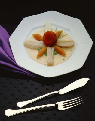 How to bake mahi mahi with pictures ehow for How to cook mahi mahi fish