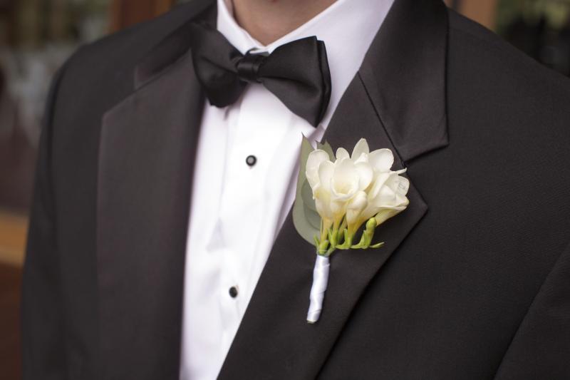 How to wear tuxedo studs ehow for Tuxedo shirt no studs