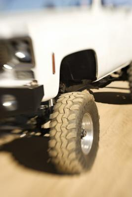 Signs Of A Bad Transmission >> Signs & Symptoms of a Slipped Radial Tire Belt | It Still ...