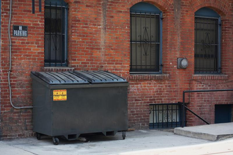 how to start your own dumpster company
