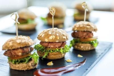 How to plan a reception with finger food for 200 people ehow for Cheap wedding canape ideas