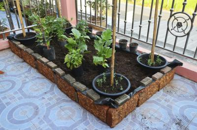 The Best Soil For A Raised Bed Vegetable Garden Ehow