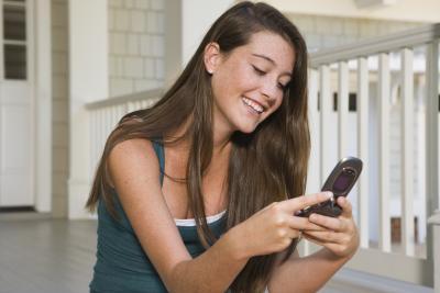 How to Unlock a Verizon Prepaid Phone | It Still Works