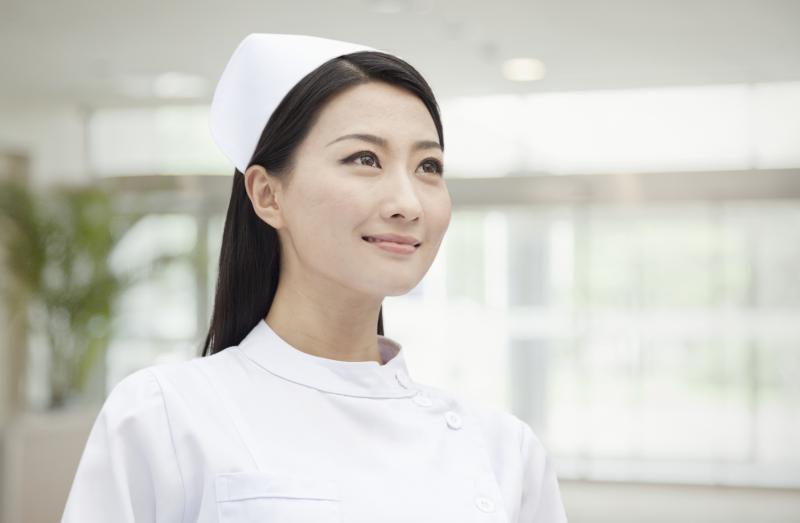 why do nurses wear white