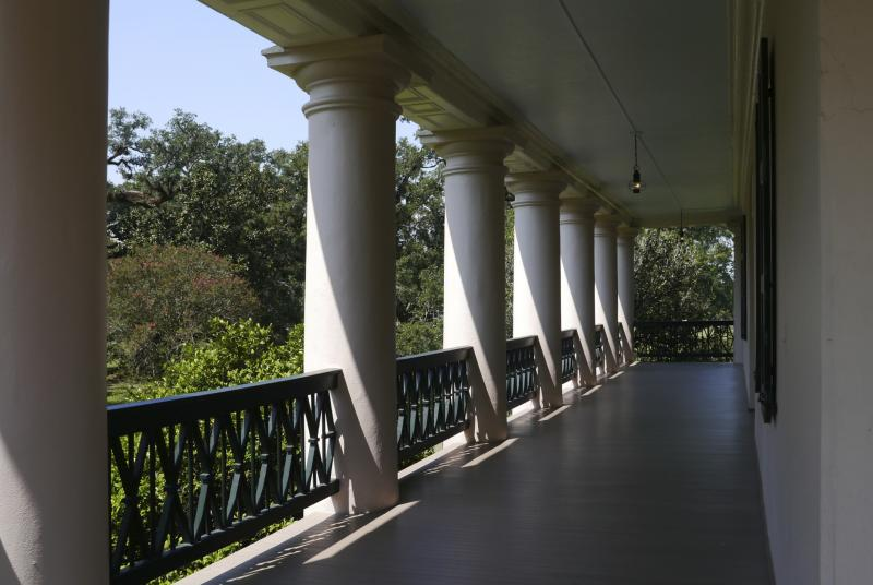 How to cover exterior columns ehow for Cypress porch columns