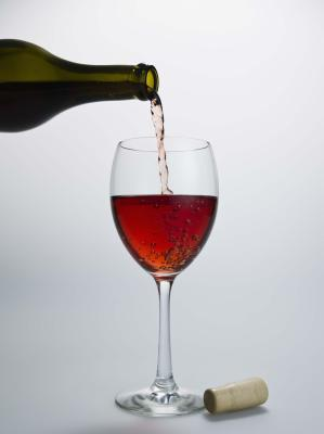 Can Shaking Wine Ruin It?