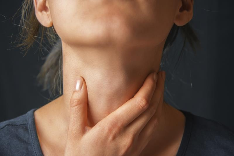 Can you get tonsillitis from kissing?