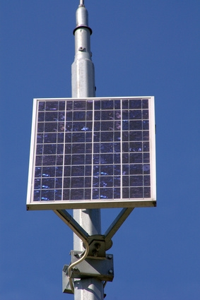 How to Convert an Electric Outdoor Light to Solar