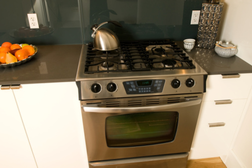 How To Remove Stubborn Stains From A Stainless Steel Stove
