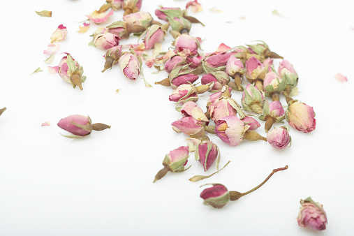 Properly Dried Roses Will Last For Years