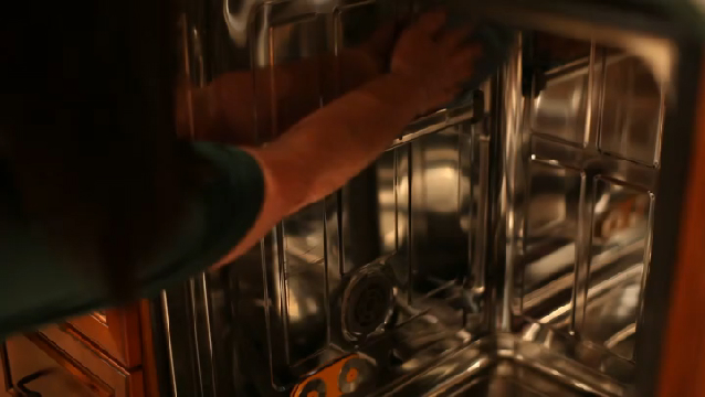 Video: How to Remove Buildup in the Dishwasher | eHow