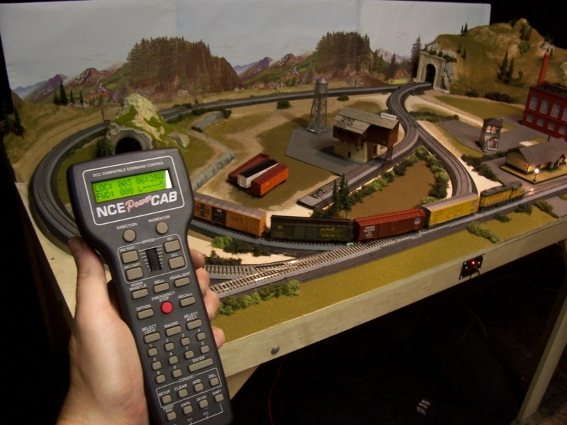 How to Clean an Electric Model Train Set | Our Pastimes