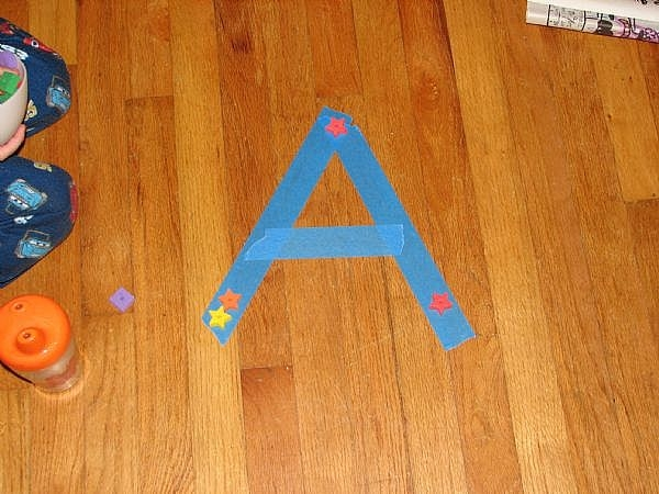 how to teach letter recognition with activities for preschoolers synonym