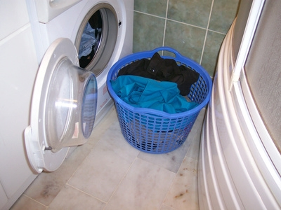 how to clean washing machine from grease
