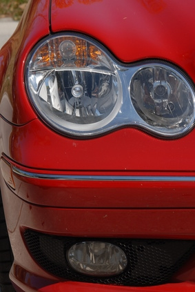 How To Change The Headlight Fuse It Still Runs