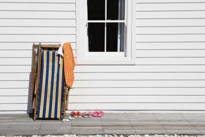 How to repair peeling exterior window paint homesteady - Exterior paint peeling concept ...