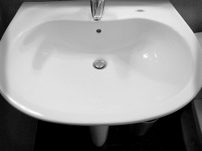 cracked bathroom sink how to fix a in a porcelain tub or sink ehow 12569