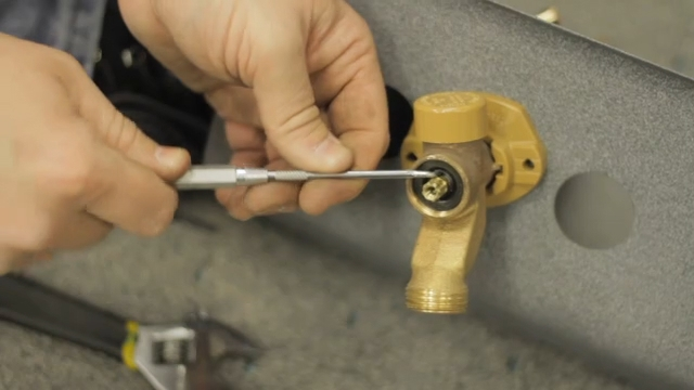 Video: How to Repair a Leak in a Frost-Proof Water Faucet | eHow