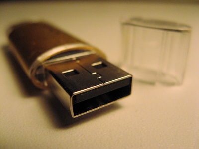 How to Make a Bootable USB to Install Windows XP | It Still Works