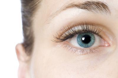 Why Do My Eyelashes Hurt?