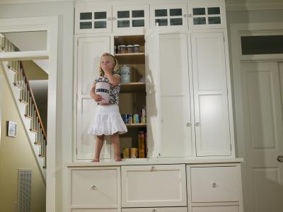 How To Clean White Kitchen Cabinets That Have Yellowed