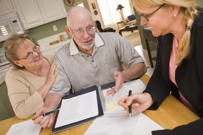 What Are The Duties Of A Mortgage Underwriter