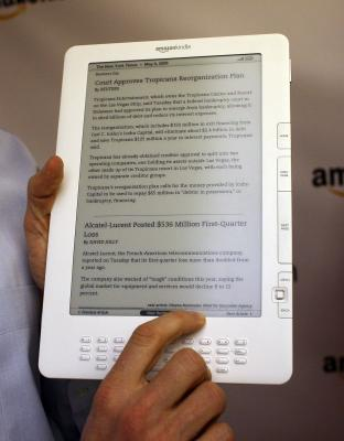 How to Make the Font Bigger on a Kindle | It Still Works